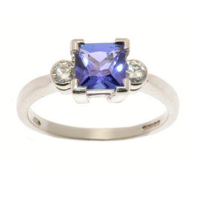 Heidi Kjeldsen Chic Tanzanite & Diamond Ring R845