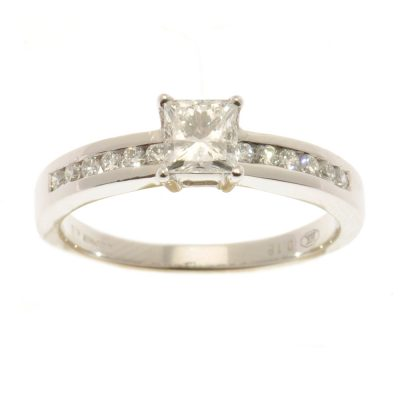 Heidi Kjeldsen Diamond Princess Cut Ring R796