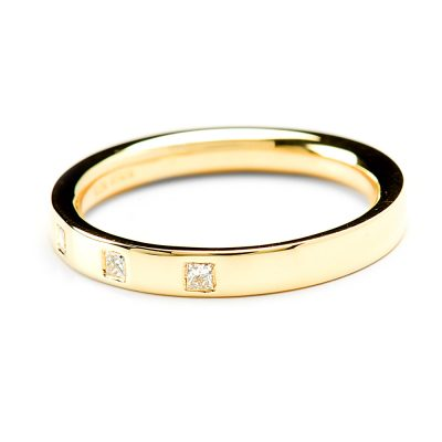 Heidi Kjeldsen Unique Princess Cut Diamond Set Wedding Ring in 18ct Yellow Gold R1024-1