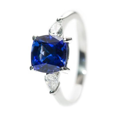 Heidi Kjeldsen Glorious Tanzanite, Diamond & Platinum Ring R1048