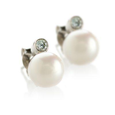 Heidi Kjeldsen Cultured Pearl & Diamond 18ct Earstuds ER1771-2