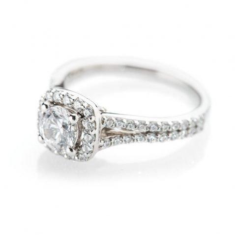 Heidi Kjedsen Elegant Diamond Square Shaped Cluster Ring ALT1 R1109