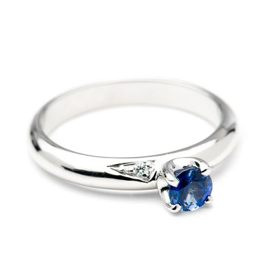 Heidi Kjeldsen Stylish Royal Blue Ceylon Sapphire and Diamond Ring R1046