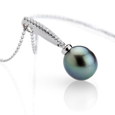 heidi kjeldsen contemporary tahitian pearl and diamond pendant