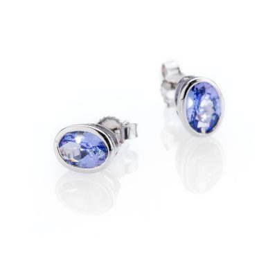 Heidi Kjeldsen Pretty Tanzanite and 9ct White Gold Earstuds