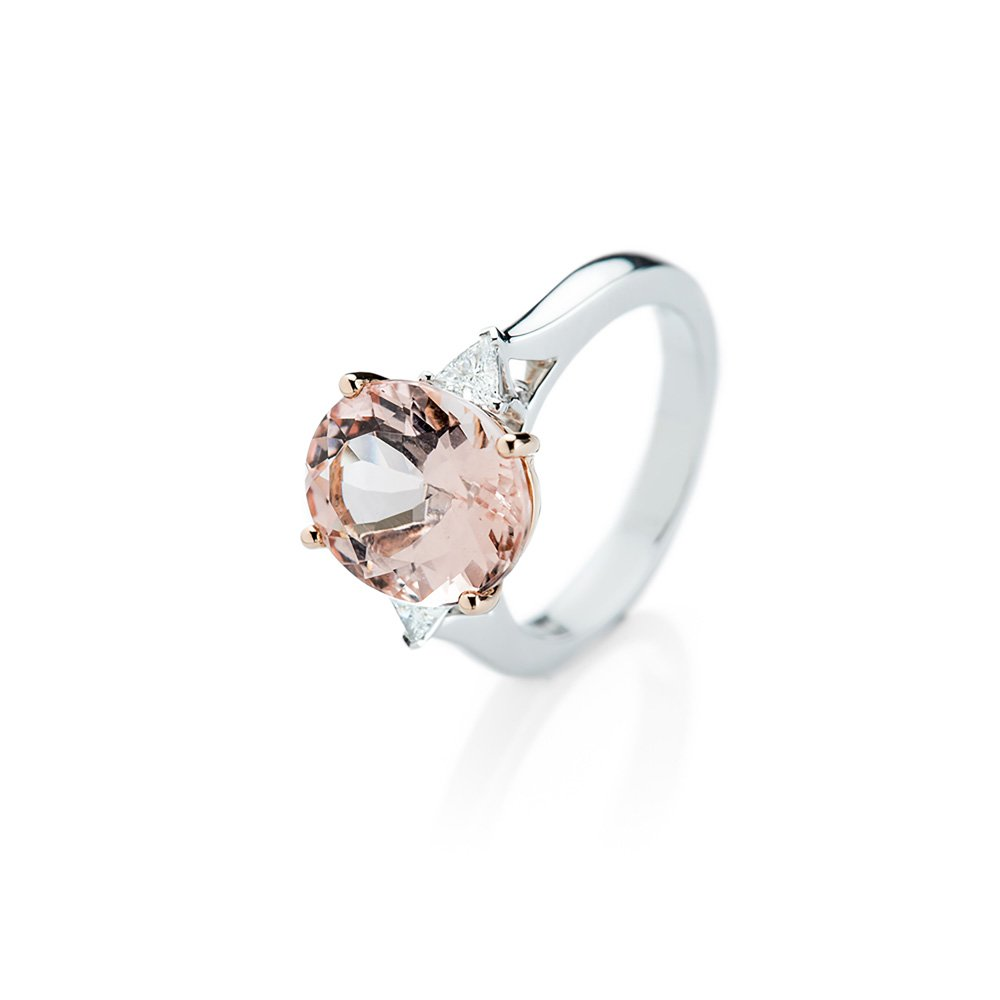 Heidi Kjeldsen A Breathtakingly Beautiful Morganite and Diamond Ring R1149-1