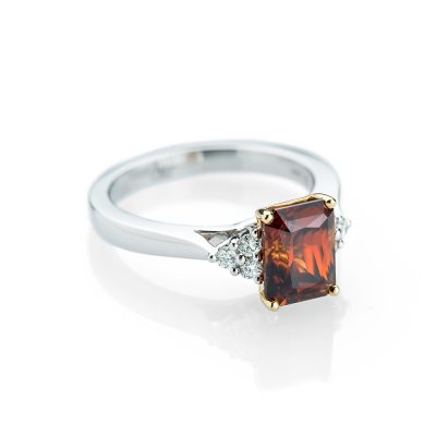 Heidi Kjeldsen A Mesmerising Zircon and Diamond White Gold Ring R1148-1