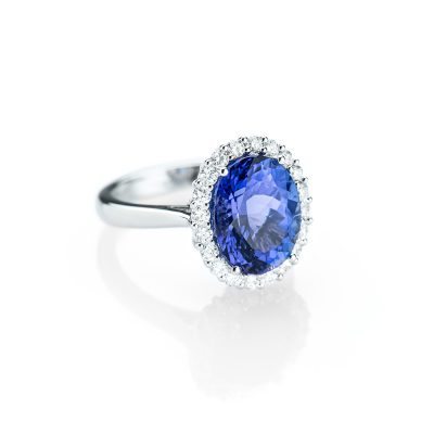 Heidi Kjeldsen A Resplendent Tanzanite and Diamond Ring R1150-1
