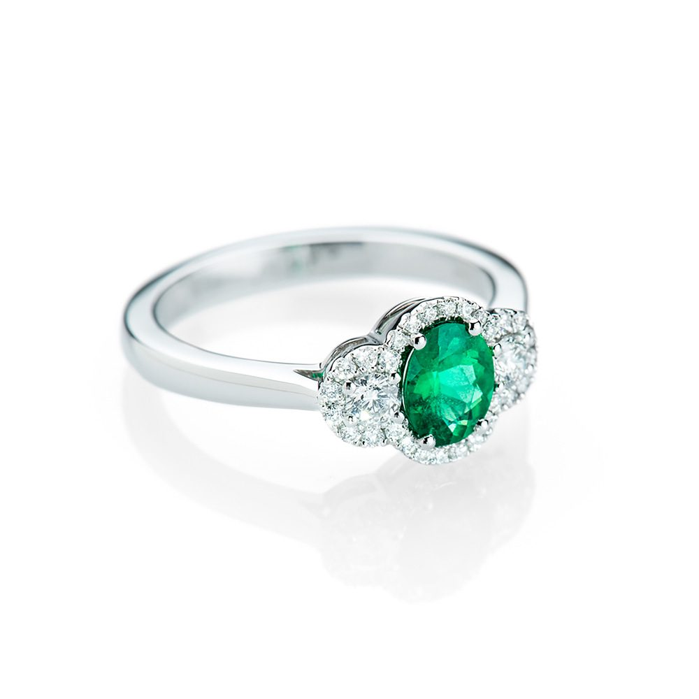 Heidi Kjeldsen A Sumptuous Emerald and Diamond Ring R1156-1