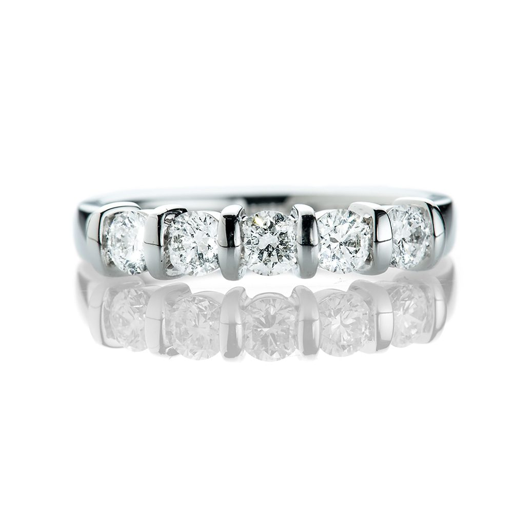 Heidi Kjeldsen Pretty Diamond and 18ct White Gold Five Stone Bar Ring R1168-1