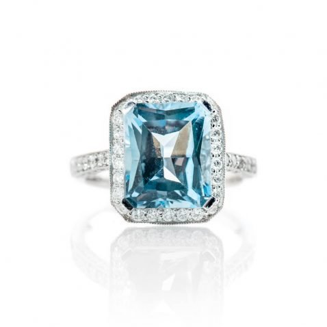 Heidi Kjeldsen Alluring Blue Enhanced Natural Topaz Brilliant Cut Diamond And Gold Cocktail Or Dress Ring - R1326-3