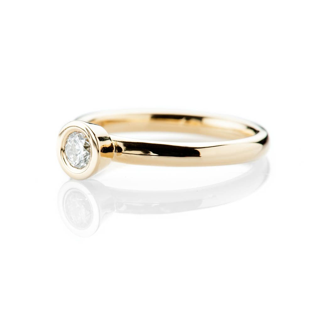 Heidi Kjeldsen Captivating Modern Brilliant Cut Natural Diamond And Gold Stacking Engagement Or Dress Ring - R1332-1