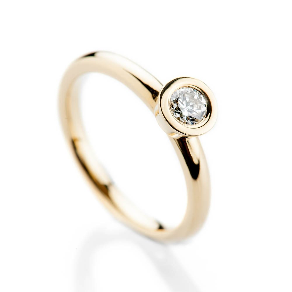 Heidi Kjeldsen Captivating Modern Brilliant Cut Natural Diamond And Gold Stacking Engagement Or Dress Ring - R1332-2