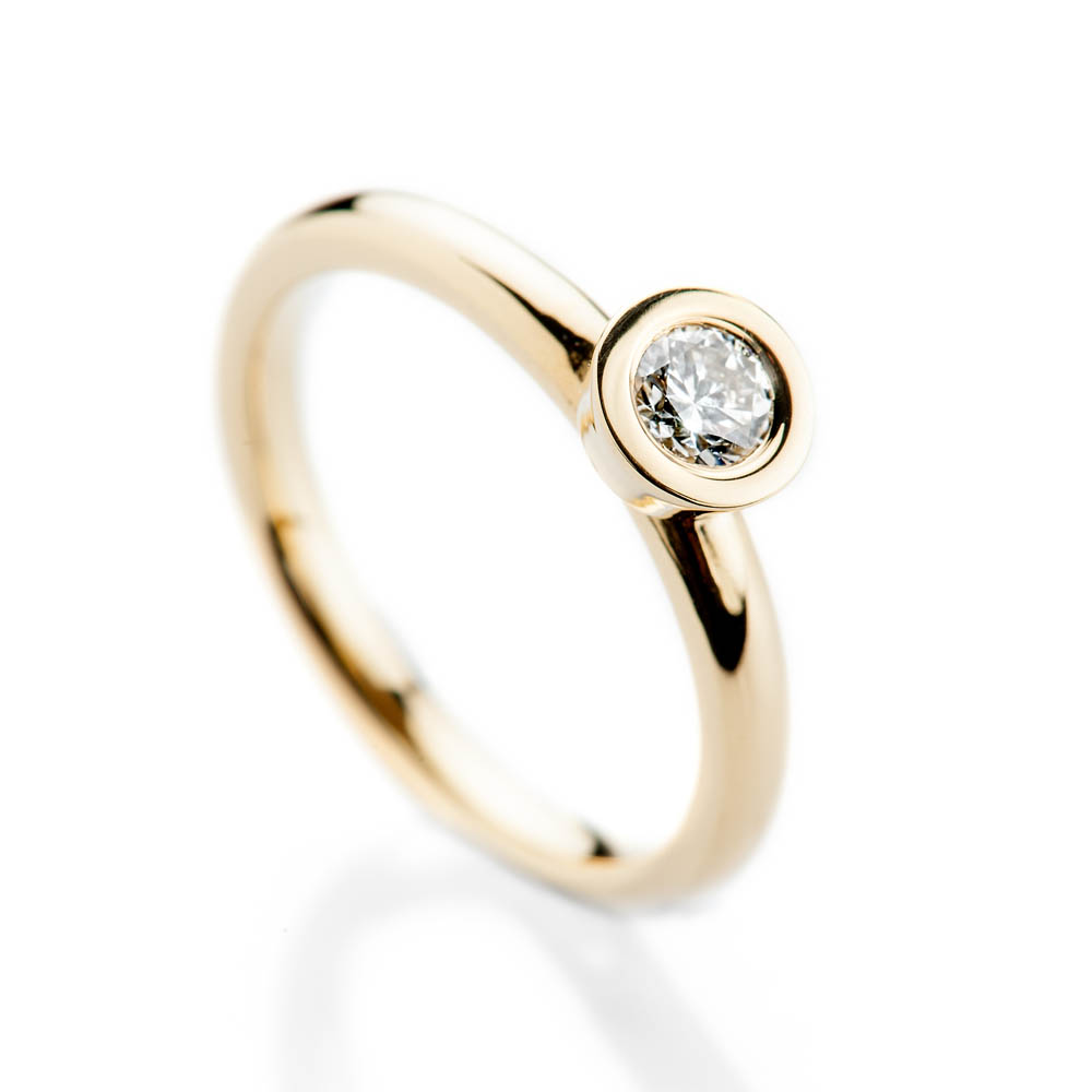 Captivating Modern Brilliant Cut Natural Diamond And Gold Stacking Engagement Or Dress Ring