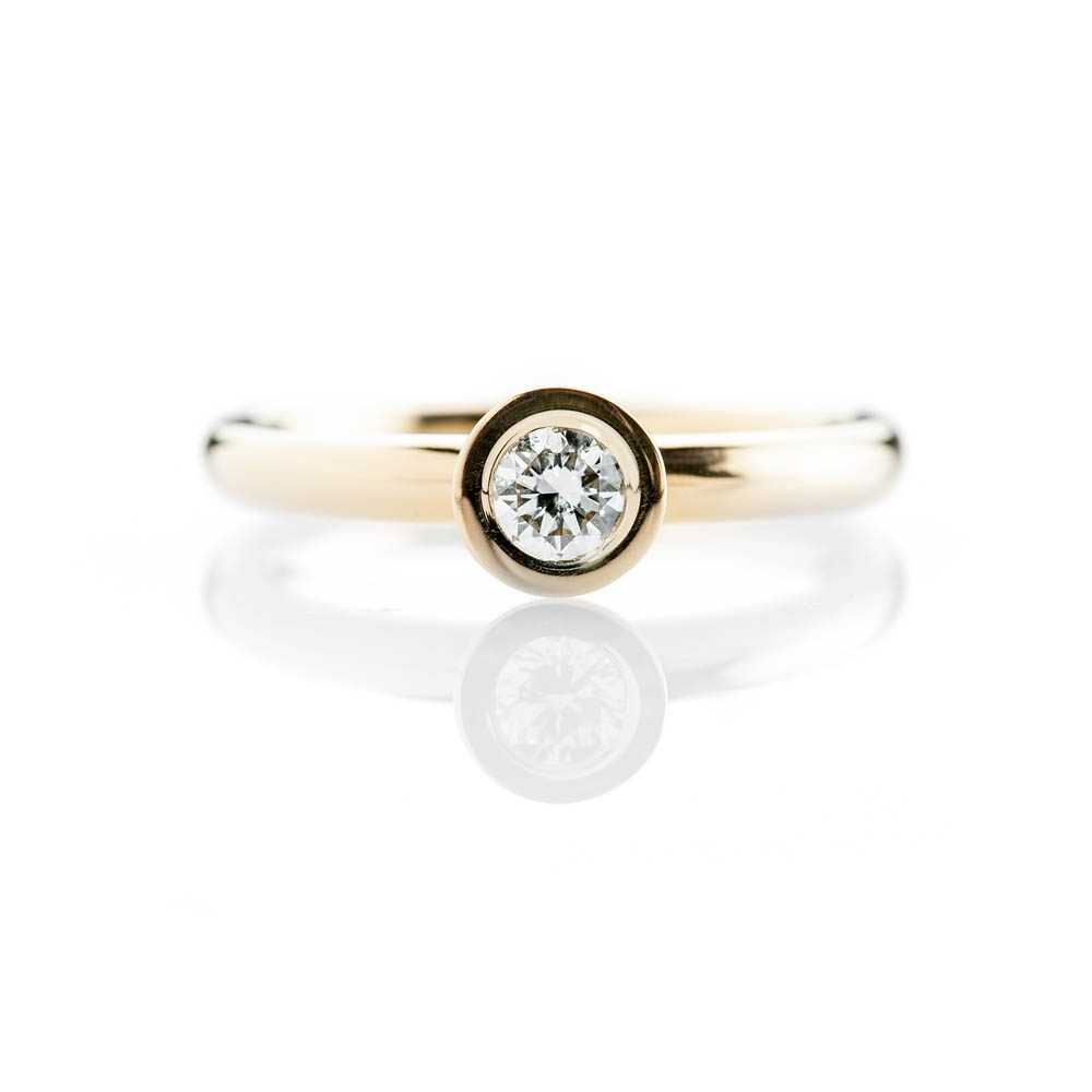 Heidi Kjeldsen Captivating Modern Brilliant Cut Natural Diamond And Gold Stacking Engagement Or Dress Ring - R1332-3