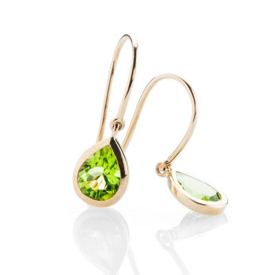 Heidi Kjeldsen Elegant Vibrant Green Natural Peridot And Gold Drop Earrings - ER2353-3
