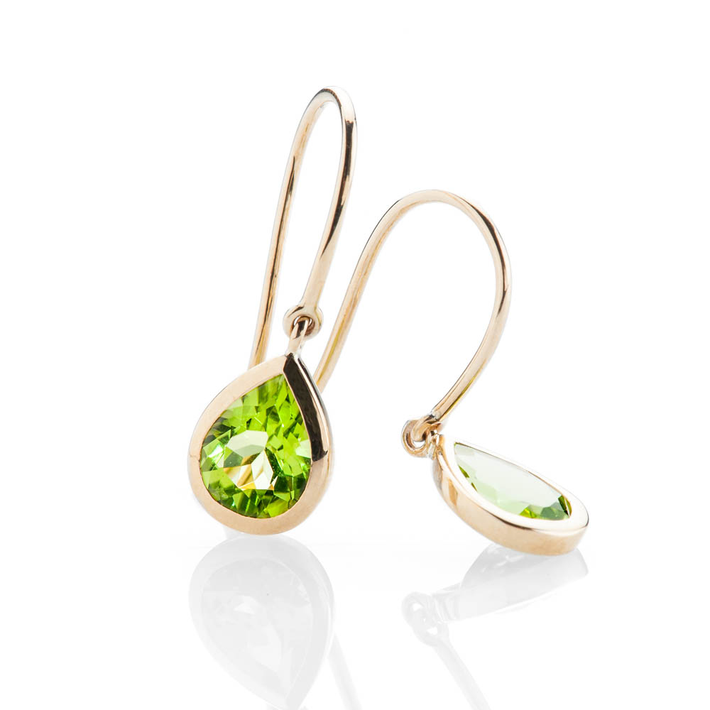 Stylish Vibrant Green Natural Peridot And Gold Rub-Over Set Drop Earrings