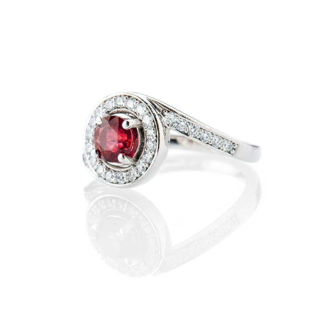 Heidi Kjeldsen Magnificent Deep Red Natural Ruby Brillant Cut Diamond And Gold Engagement Or Dress Ring - R1300-1