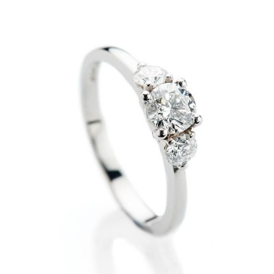 Heidi Kjeldsen Stunning Brilliant Cut Natural Diamond Platinum Engagement Trilogy Ring - R1322-2