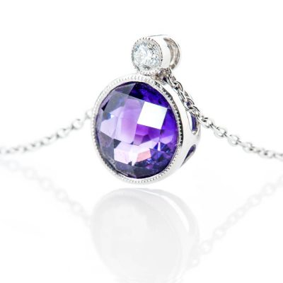 Heidi Kjeldsen Stylish Deep Purple Natural Amethyst Brilliant Cut Diamond And Gold Pendant - P1101-2