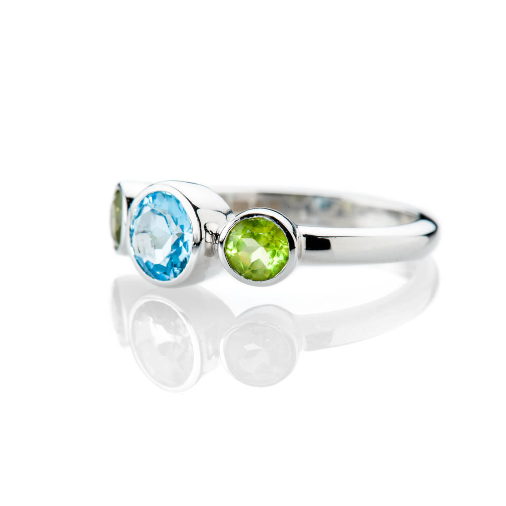 Heidi Kjeldsen Sumptuous Blue Enhanced Natural Topaz Green Peridot and Gold Cocktail Or Dress Ring R1330-1