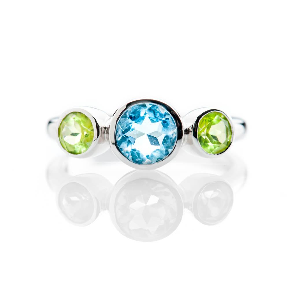 Heidi Kjeldsen Sumptuous Blue Enhanced Natural Topaz Green Peridot and Gold Cocktail Or Dress Ring R1330-3