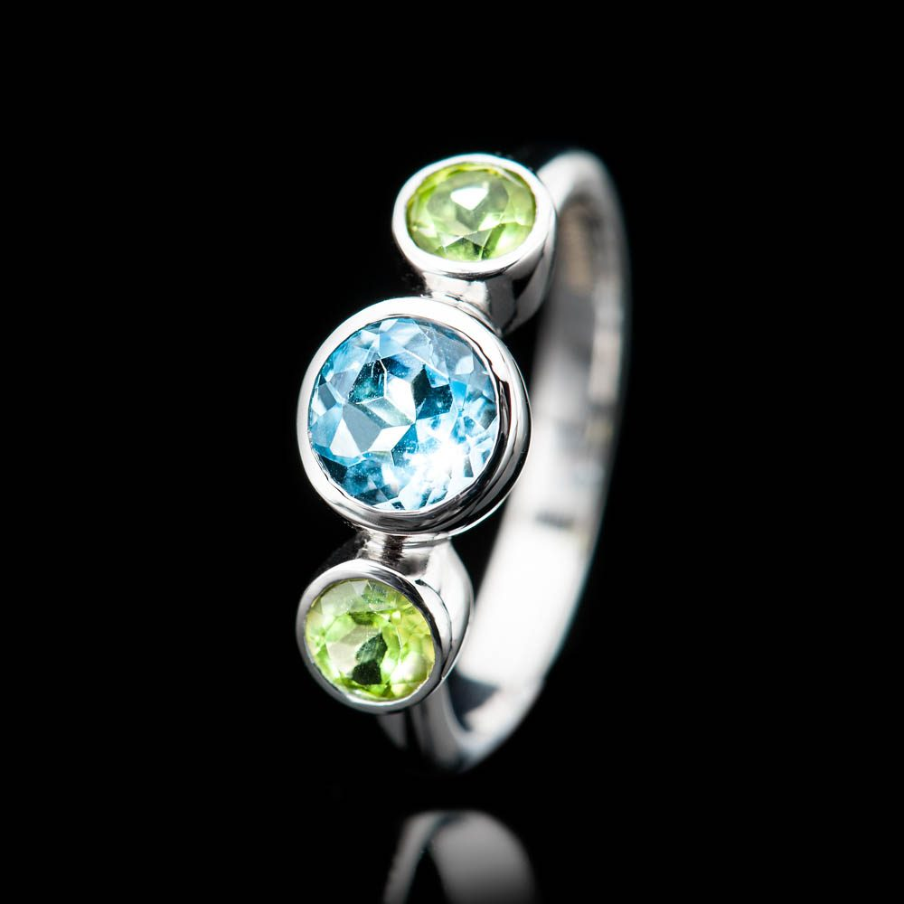 Heidi Kjeldsen Sumptuous Blue Enhanced Natural Topaz Green Peridot and Gold Cocktail Or Dress Ring R1330-4