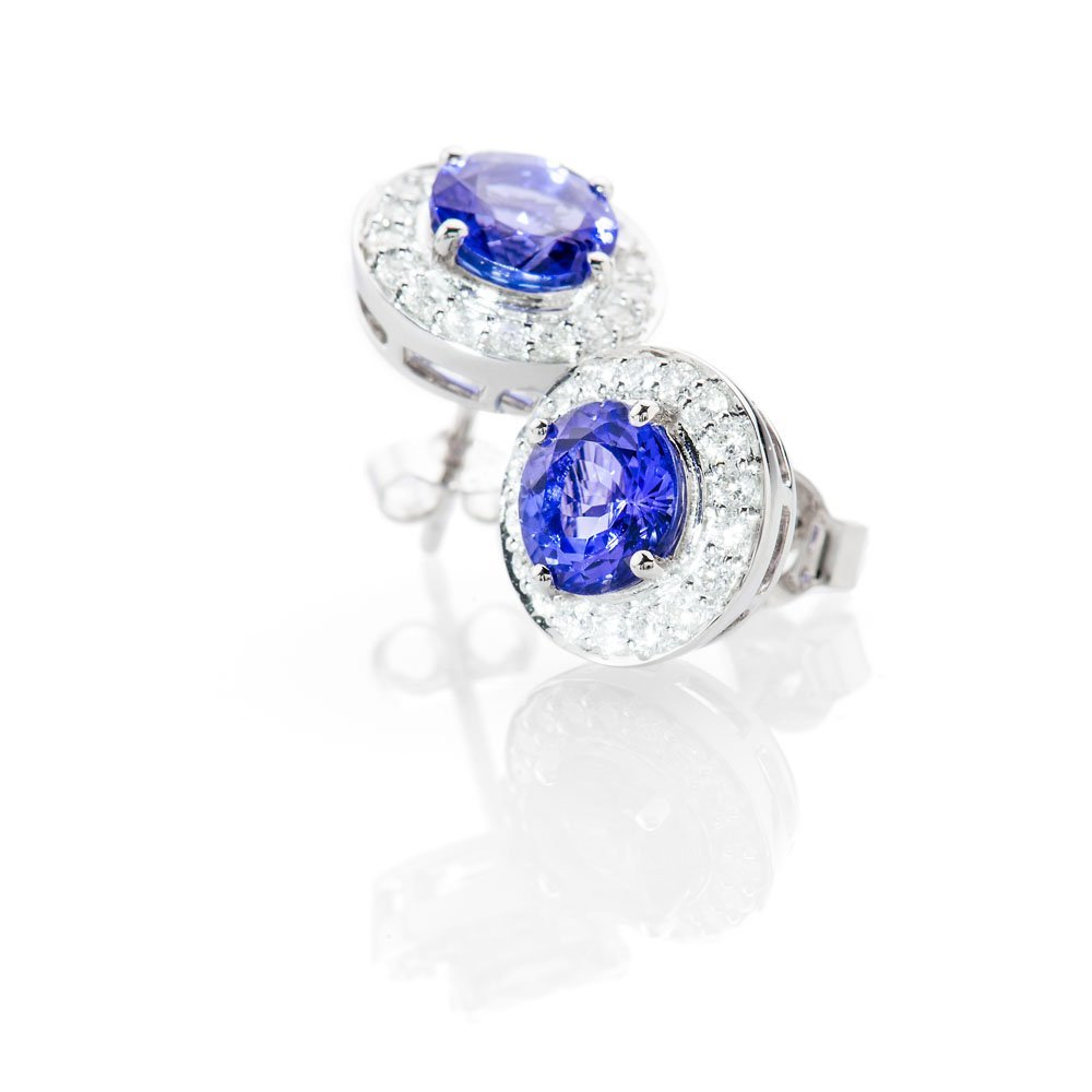 Stunning Natural Tanzanite And Diamond Earstuds