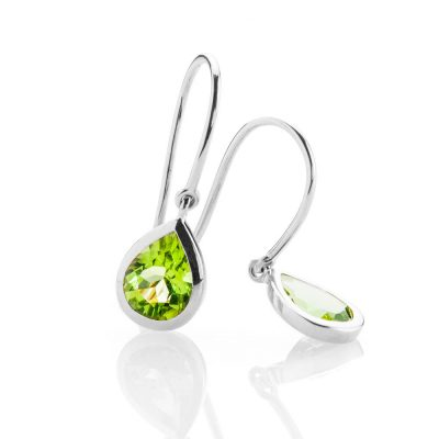 Heidi Kjeldsen - Eye Catching Natural Green Peridot and White Gold Drop Earrings - ER926