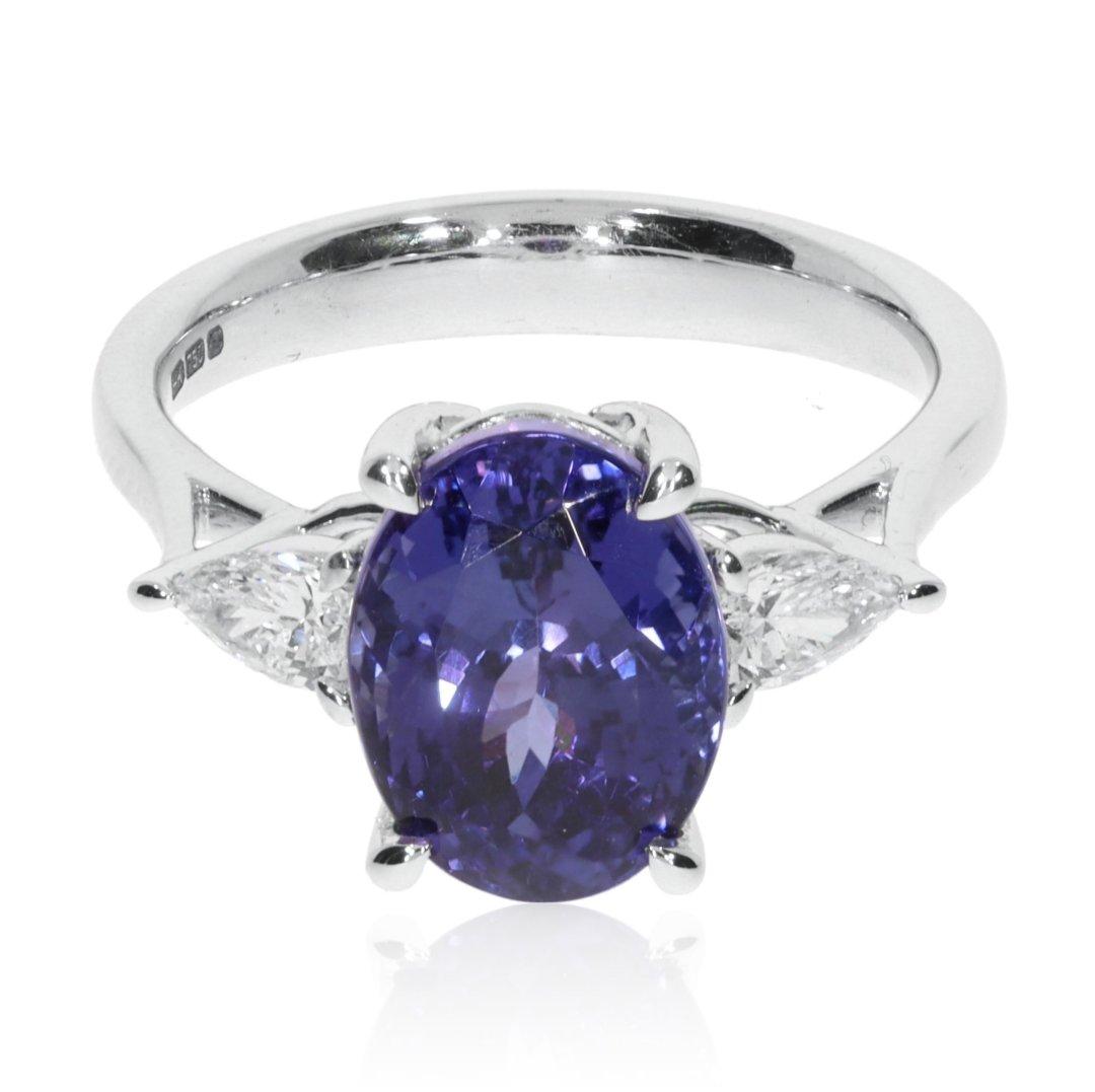 Elegant Tanzanite and Diamond 18ct Gold Ring R1549 Heidi Kjeldsen Jewellery Front View
