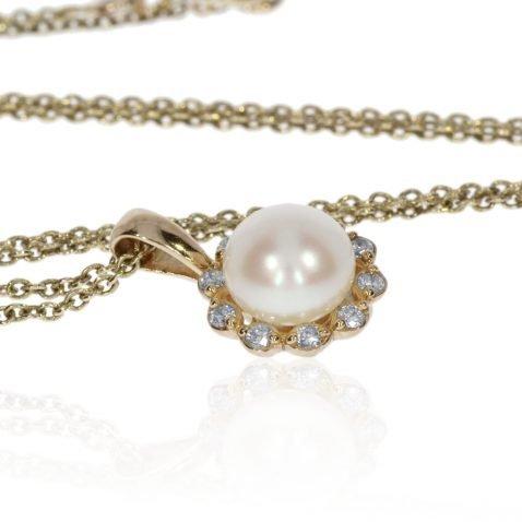 Diamond and Cultured Pearl Pendant by Heidi Kjeldsen Jewellery P1314 Front