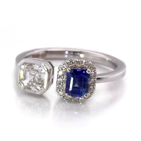 Ceylon Sapphire and Radiant Cut Diamond Ring