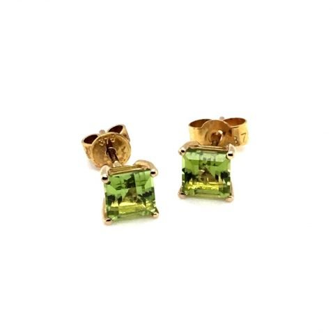 Chic Square Peridot and Gold Earstuds