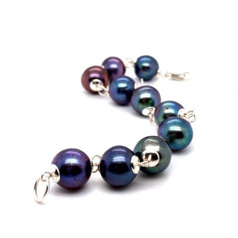 Black Cultured Pearl and sterling silver bracelet by Heidi Kjeldsen Jewellery BL1352 B