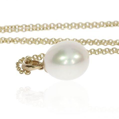Beautiful white lustrous drop pearl pendant by Heidi Kjeldsen Jewellery P498 Front